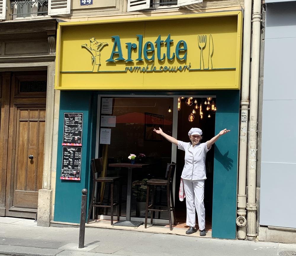 Arlette CADOT Restaurant Arlette remet le couvert Paris